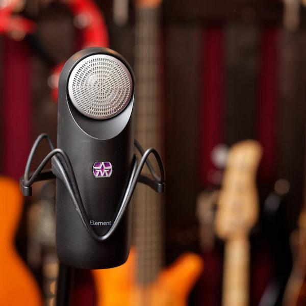 Das etwas andere Mikrofon: Aston Element mit Soundbeispielen und Vergleich